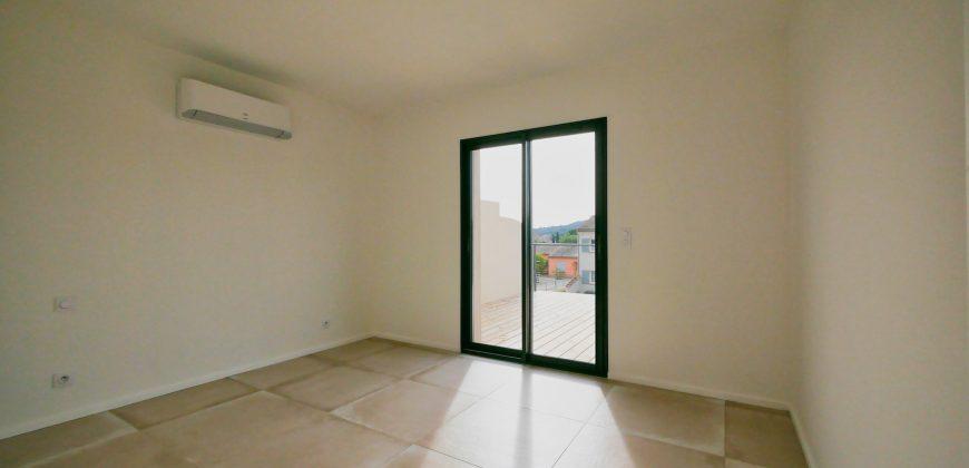 Bormes villa T5 contemporaine piscine & garage